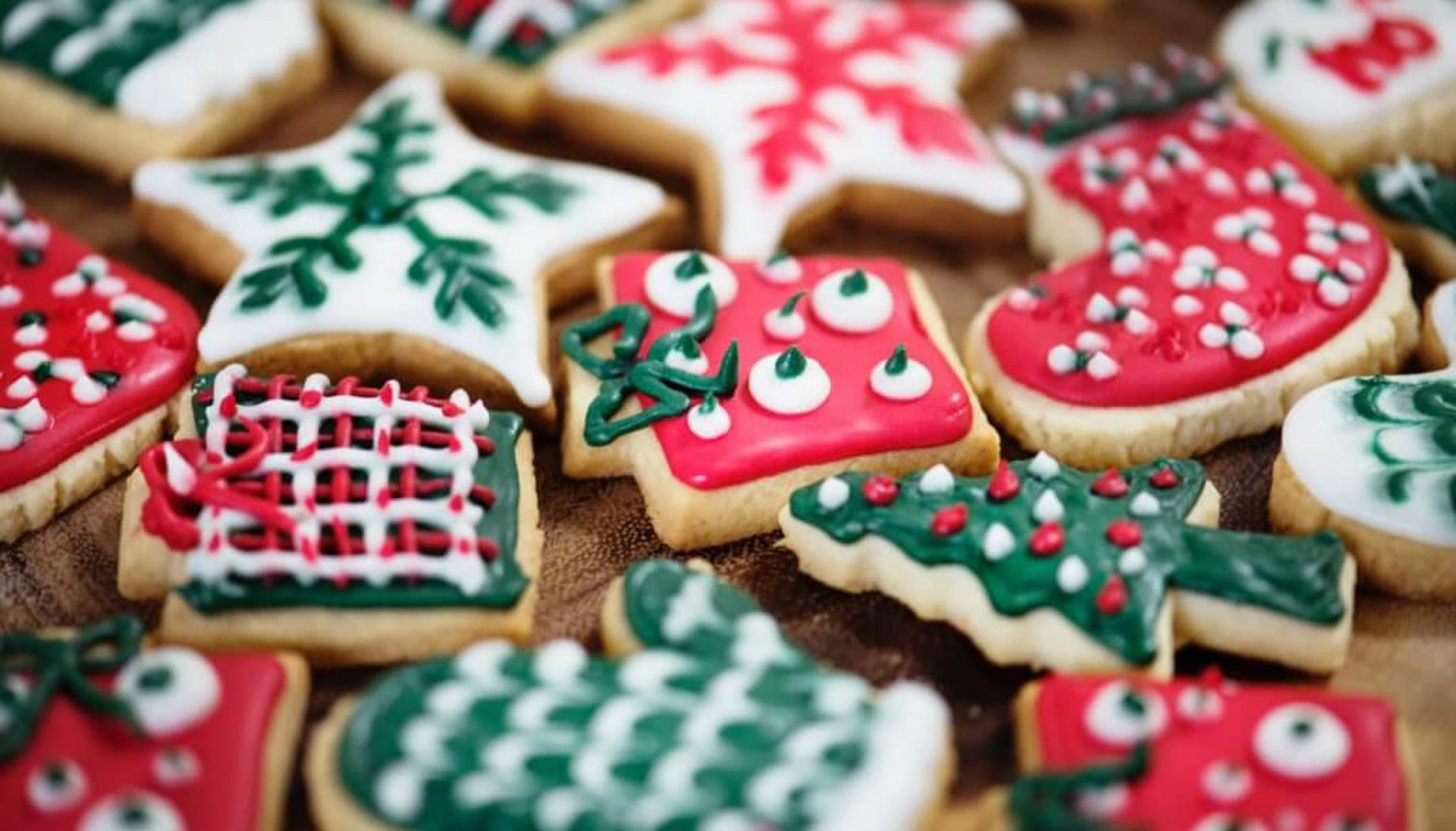 How To Decorate Christmas Cookies with Your Kids